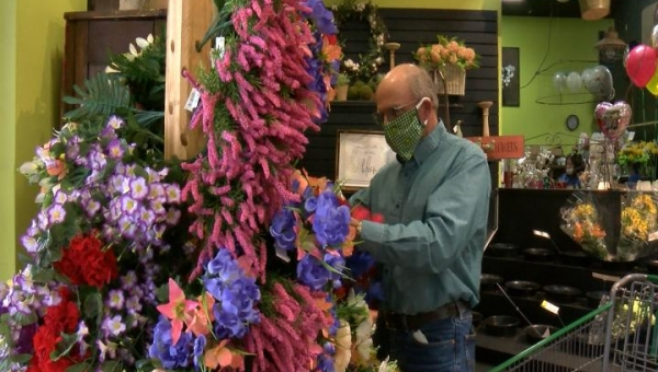 Despite quarantine, Mother's Day sees boost in flower sales